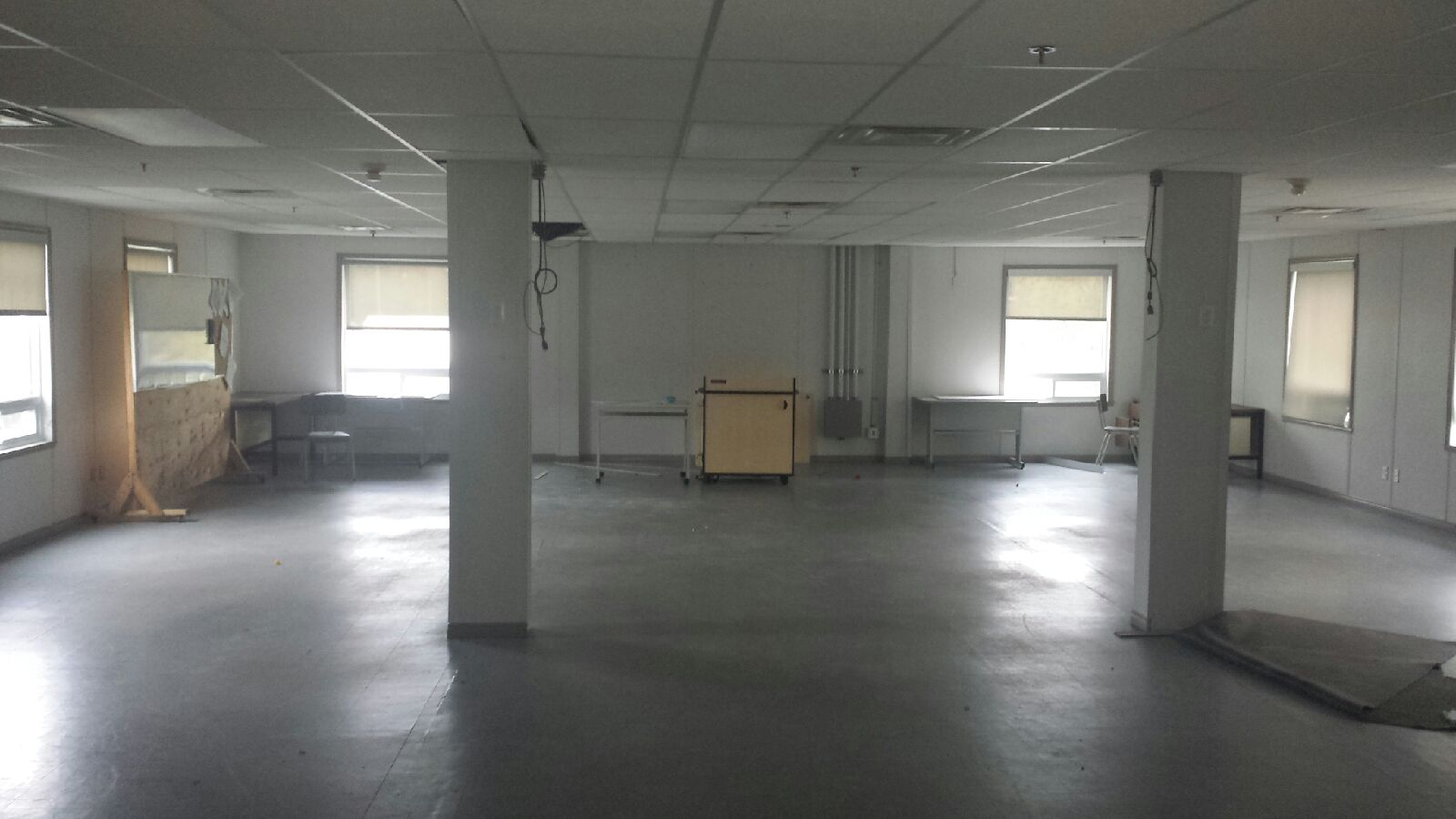 2100 sq ft portable building with washroom pic1