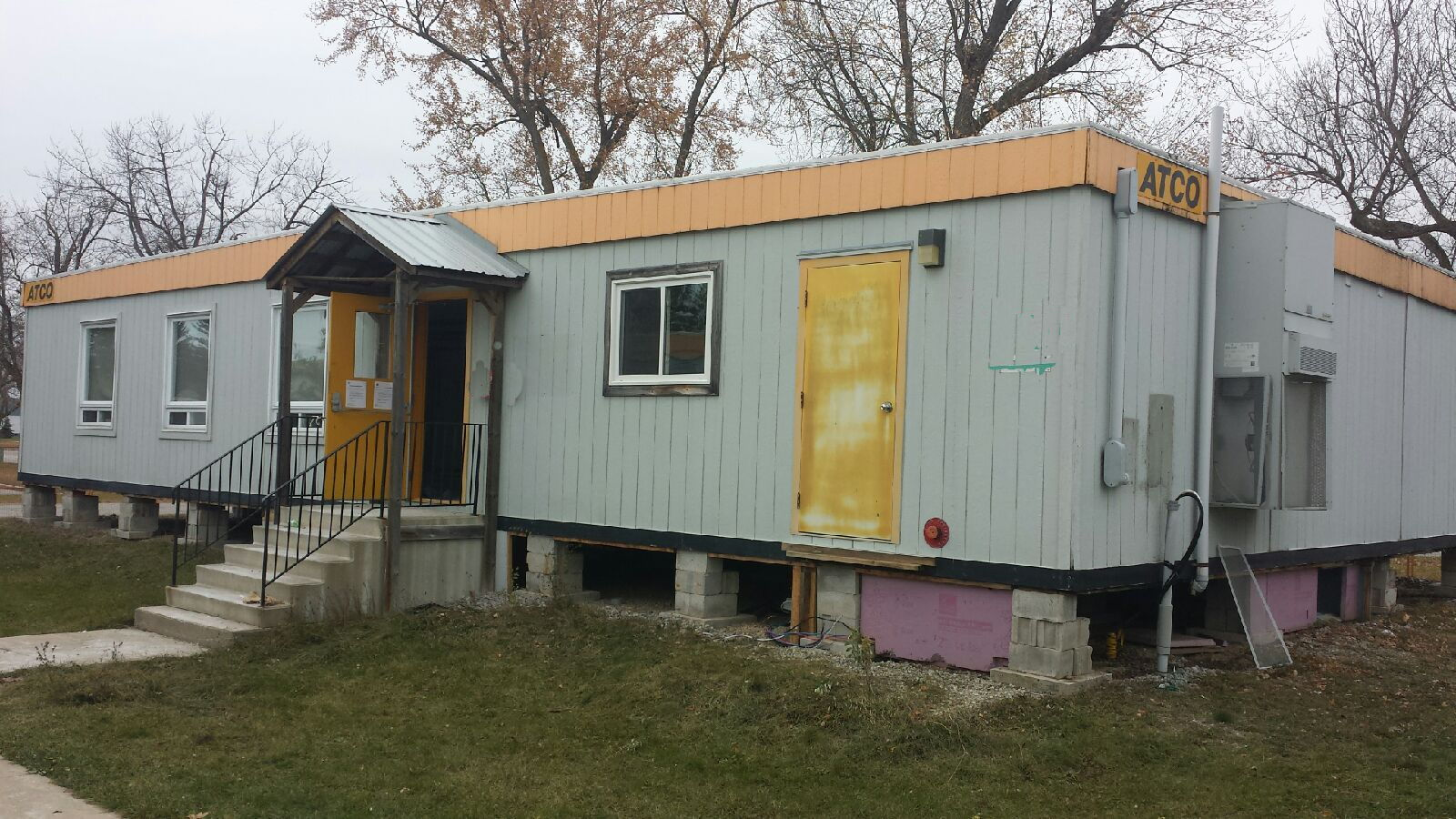 2100 sq ft portable building with washroom pic17